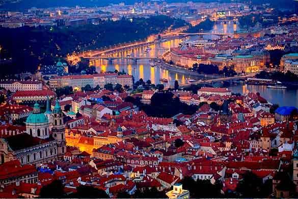 Praga paquete viaje en grupos