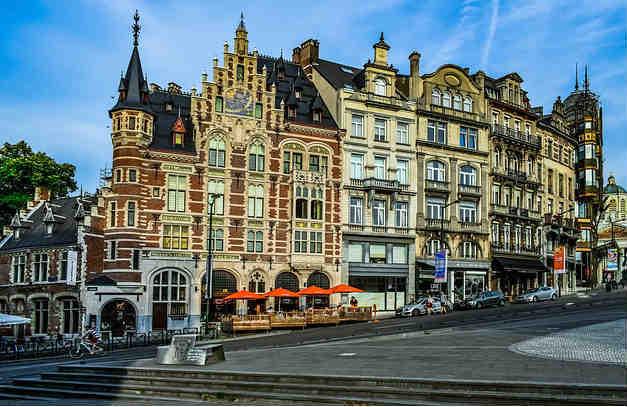 Bruselas paquete viaje fin de curso colegio