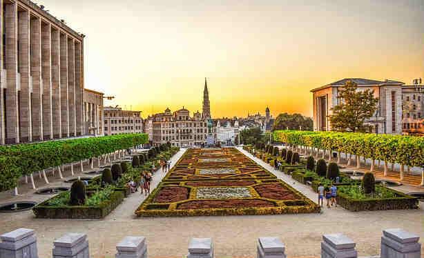 bruselas paquete viaje estudiantes